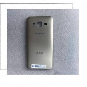 Carcasa trasera para Samsung Galaxy A3, A300F- Dorada Remanufacturada